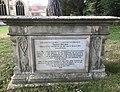 Tomb of Thomas Helliker at Trowbridge.jpeg