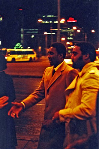 Thomas Hearns - Hearns, center, in Detroit, December 1981