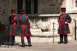 Beefeaters in de Tower of London in dagelijks tenue