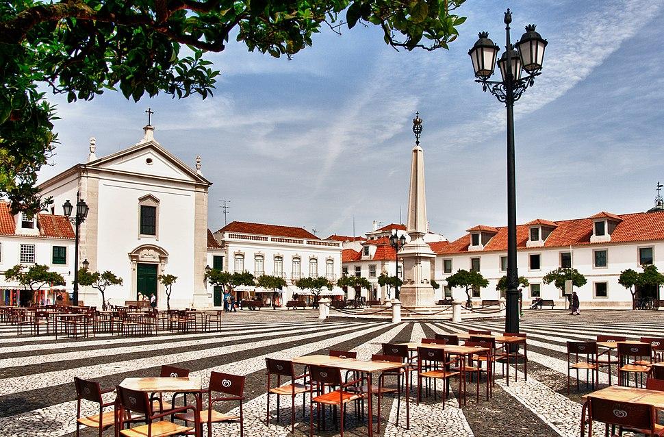 Town square (Praça Marquês de Pombal) (5469253558)