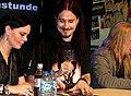 Tuomas Holopainem em Sessão de autógrafos.jpg