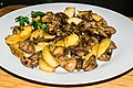 Turkey liver with onion and apple 02.jpg