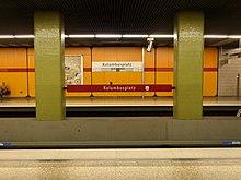 Columbusplatz underground station5.jpg