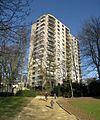 Uccle, avenue Churchill, Tour Kennedy et Parc Montjoie - panoramio.jpg