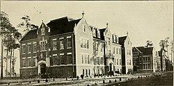 University record (1916) (14596227879).jpg