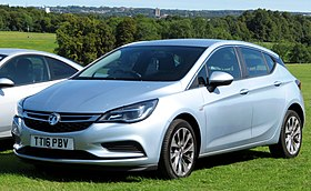 Vauxhall Astra registered July 2016 999cc.jpg