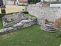 Veszprém 2016, Margit-romok, sekrestye és a nyugati bejárat lépcsői.jpg