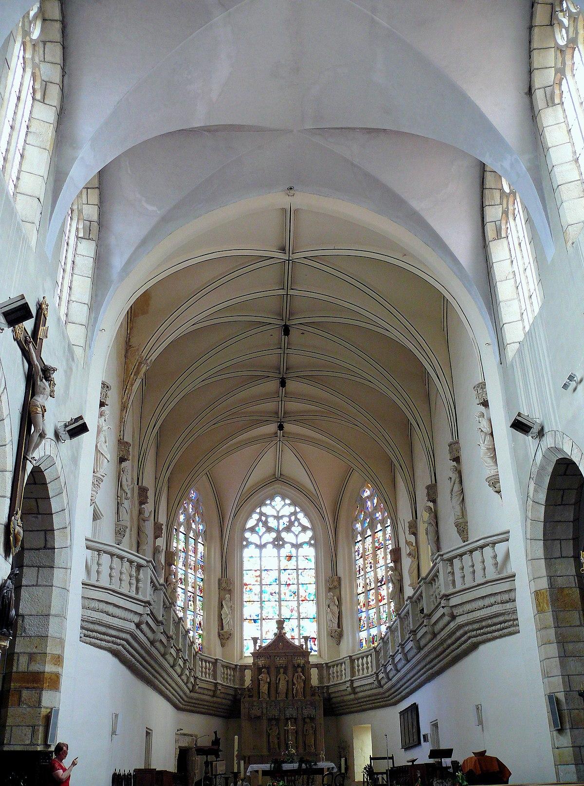 Sainte chapelle de vic le comte wikip dia for Piscine vic le comte