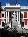 Victoria Statue Cape Town.jpg