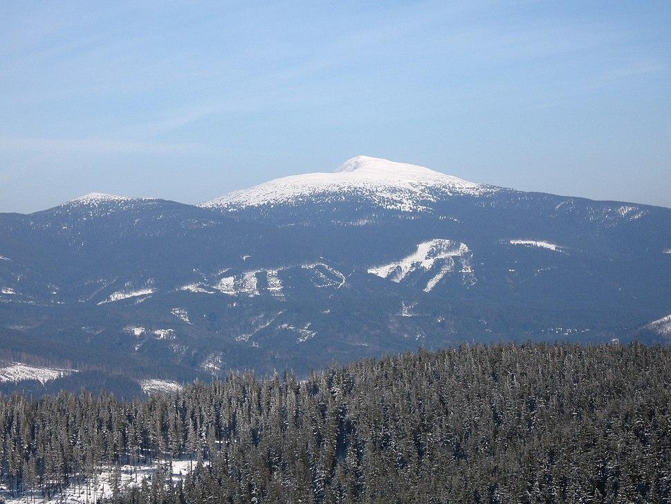 View of Babia Góra from Pilsko - panoramio