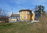 Fil:Villa Akleja april 2015a.jpg