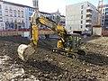 Villeurbanne - Pelle hydraulique CAT 325FL sur un chantier (janv 2019).jpg