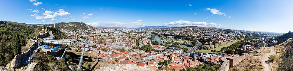 Panoramic view of Tbilisi from Narikala in 2016.