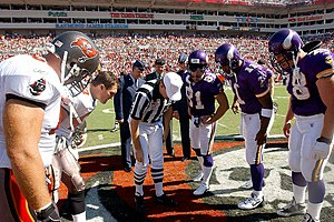 2002 Tampa Bay Buccaneers season - Coin flip before the game on November 3, 2002