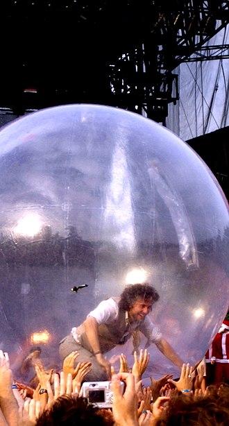 Wayne Coyne - Coyne at Lollapalooza, 2006 Grant Park, Chicago