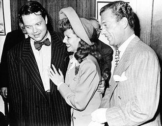 The Mercury Wonder Show - Wedding of Orson Welles and Rita Hayworth, with best man Joseph Cotten (September 7, 1943)