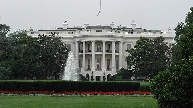 From commons.wikimedia.org: White house south {MID-225296}