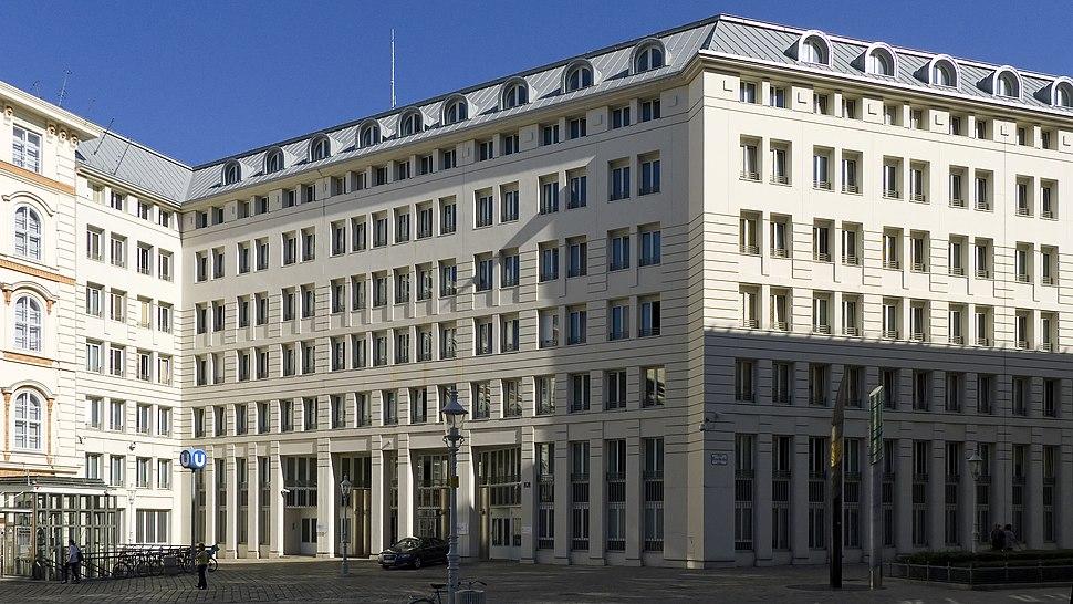 Wien 01 Minoritenplatz h