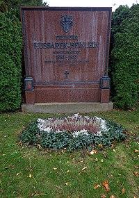 Wiener Zentralfriedhof - Gruppe 14 C - Max Hussarek von Heinlein.jpg