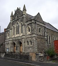 Williams Pantycelyn Memorial Church, Llandovery (geograph 2032724) (cropped).jpg
