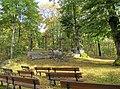 Wilzenberg Altar und Kreuzigungsgruppe 2012.jpg