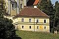 Woelzing-St Andrae 2 Pfarrhof und Mesnerhaus 21092012 686.jpg