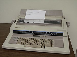 Word processor - A XEROX 6016 Memorywriter Word Processor