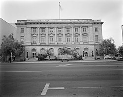 Yakima Post Office and Courthouse.jpg