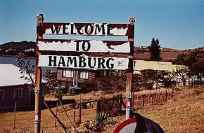 A sign welcoming people to Hamburg.