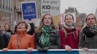 File:'We strijden voor de gelijkwaardige positie van de vrouw' - Women's March - Corinne Ellemeet.webm