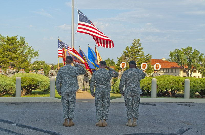File:(Left to right) U.S. Army Command Sgt. Maj. Jeffery Powell, outgoing Fort Sill Garrison Command Sgt. Maj., Col. Raymond Lacey, Fort Sill Garrison commander, and Command Sgt. Maj. Terry Hall, incoming Fort Sill 100831-A-UT312-014.jpg