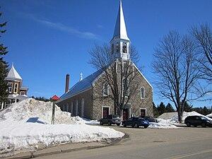 Propriétés et biens immobiliers à vendre à Saint-Élie-De-Caxton, Québec