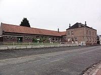 Étaves-et-Bocquiaux (Aisne) école et mairie.JPG