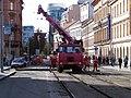 Štefánikova, rekonstrukce TT, u náměstí 14. října, autojeřáb.jpg