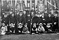 Димитрий (Вологодский) с прихожанами, начало 30-х годов.jpg