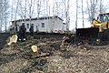 Молодежь деревень Новое Изамбаево и Твеняшево строит хоккейную коробку.jpg