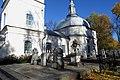 На кладбище у церкви Семи Отроков.jpg