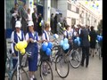 File:Оңтүстікте пошта қызметкерлері велосипед мінді.ogv