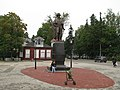 Памятник В.А. Всеволожскому, установлен в 2009 - panoramio.jpg
