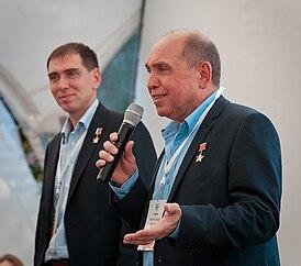 Сергей и Александр Волковы.jpg