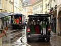 Фургон платьев (26112460117).jpg