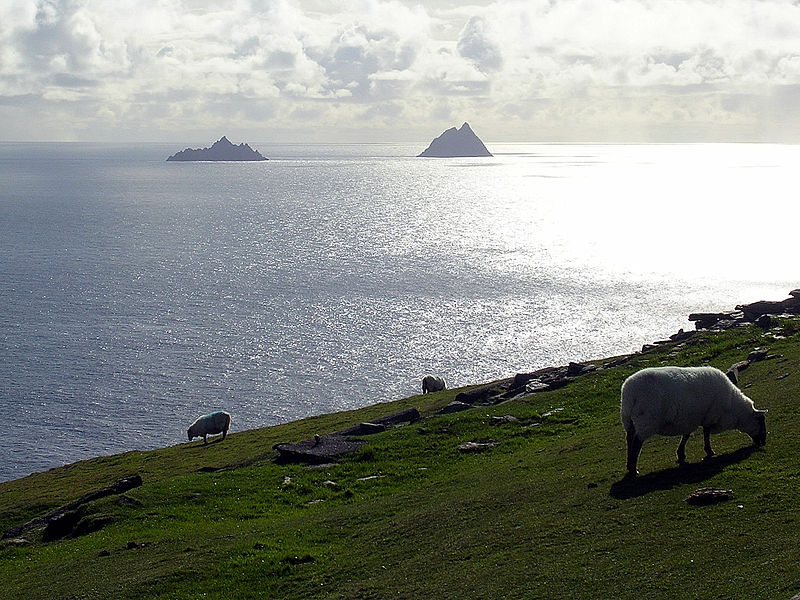 Fichier:068Skelligs from Valencia.JPG