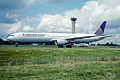 144bw - Continental Airlines Boeing 767-424ER, N76054@CDG,10.08.2001 - Flickr - Aero Icarus.jpg