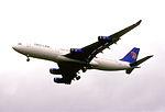 190ew - Egypt Air Airbus A340-212, SU-GBM@LHR,05.10.2002 - Flickr - Aero Icarus.jpg