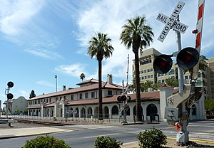 Metropolitan Fresno - The Santa Fe Passenger Depot is the largest train station in Metropolitan Fresno.