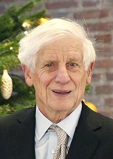 David J. Thouless British physicist