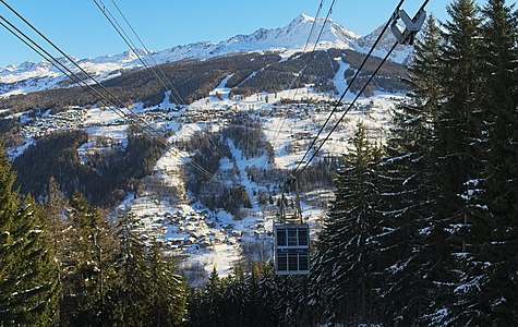 Paradiski, Vanoise Express, view towards Les Arcs.