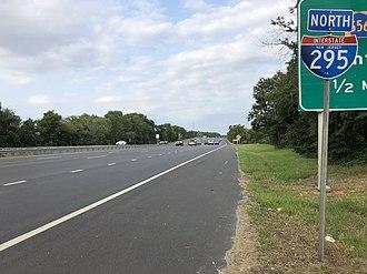 Paulsboro, New Jersey - I-295 and US 130 northbound in Paulsboro