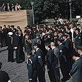 25 Jarig Regeringsjubileum Koningin Juliana Koninklijk Paar bij Militair Hulde, Bestanddeelnr 254-9325.jpg