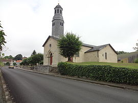 The church in Le Châtenet-en-Dognon